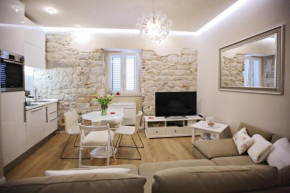 Apartment White Stone - Diocletian Palace